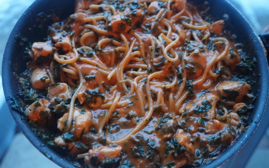 Spaghetti alla Vodka with Spinach and Chicken